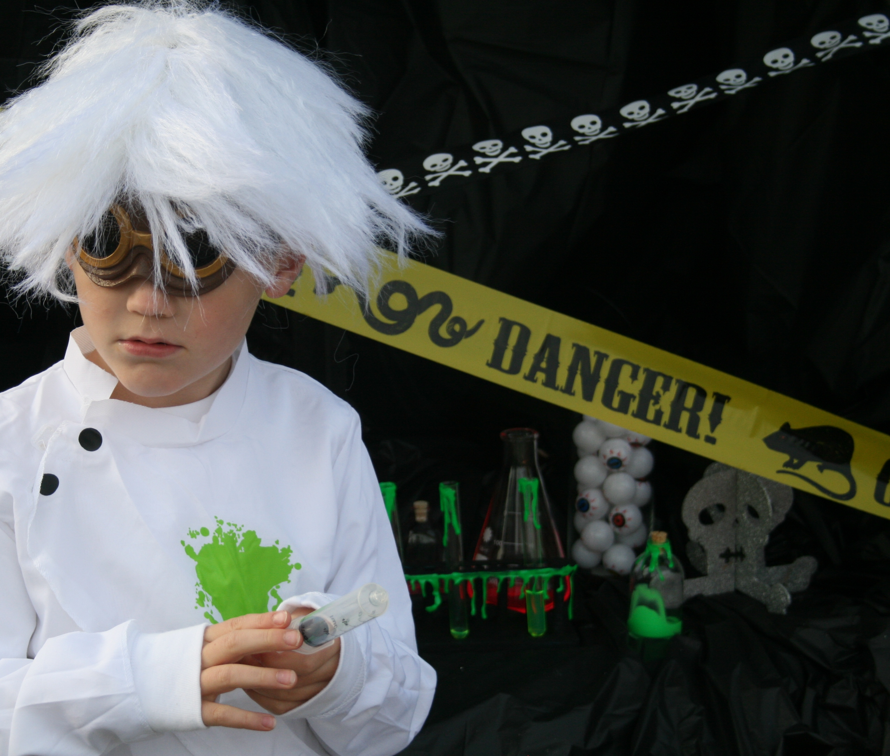 Quick Mad Scientist Costume And How To Fake Slime On