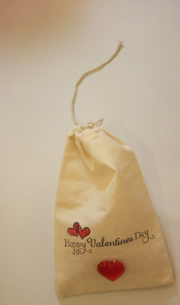 valentines day, cloth bags, stamps, ink, heat set, crafting, handmade